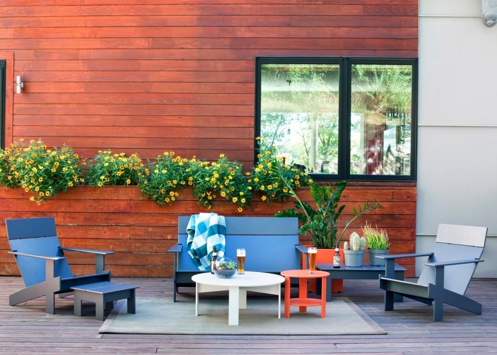 mobilier-de-exterior-scaune-mese-din-lemn