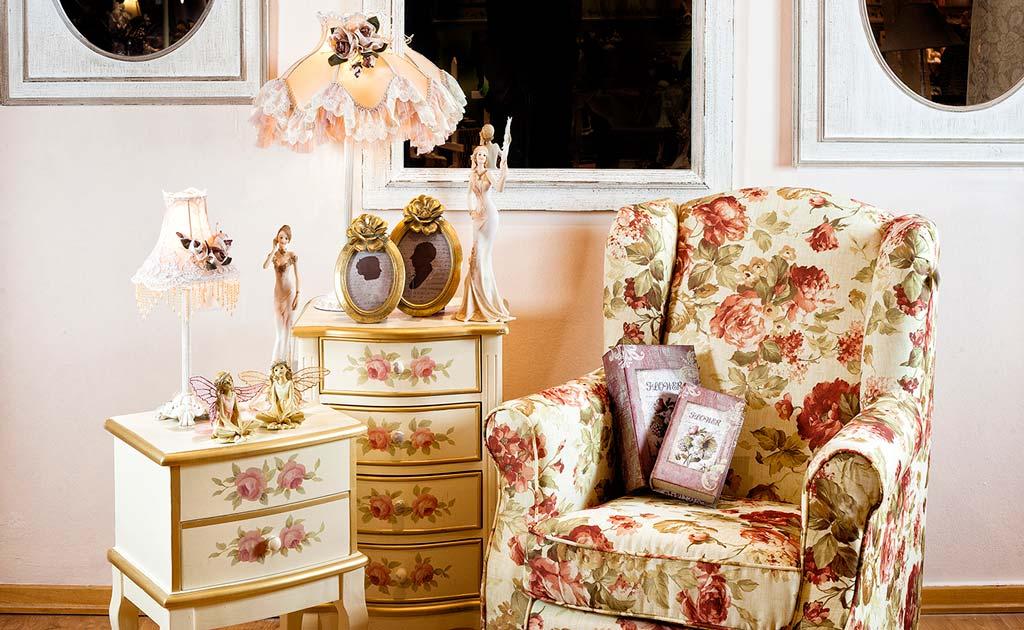 afla totul despre mobila pictata. Black Bedroom Furniture Sets. Home Design Ideas