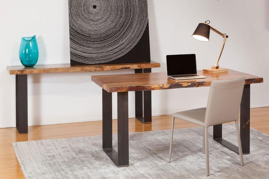 Consola si masa de dining cu cadru din metal si blat din lemn