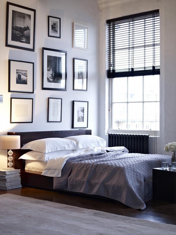 Decor de dormitor masculin in alb si negru