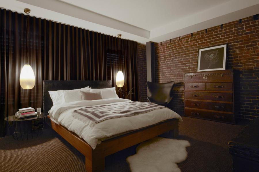 Comoda pentru dormitor cufar vintage din piele