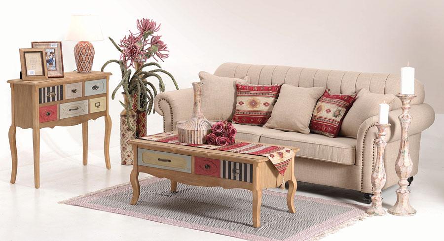 decor-living-eclectic-cu-masa-de-cafea-canapea-si-consola-cu-sertare-bengal