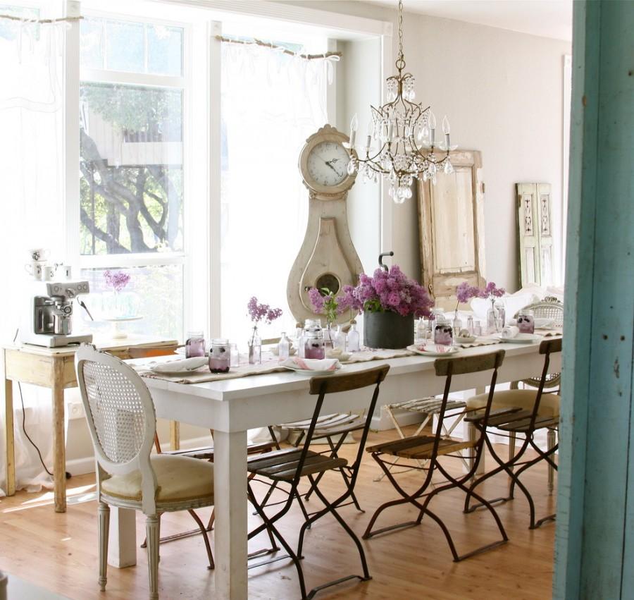 dining-amenajat-in-stil-scandinav-masa-scaune-candelabru-ceas-mora