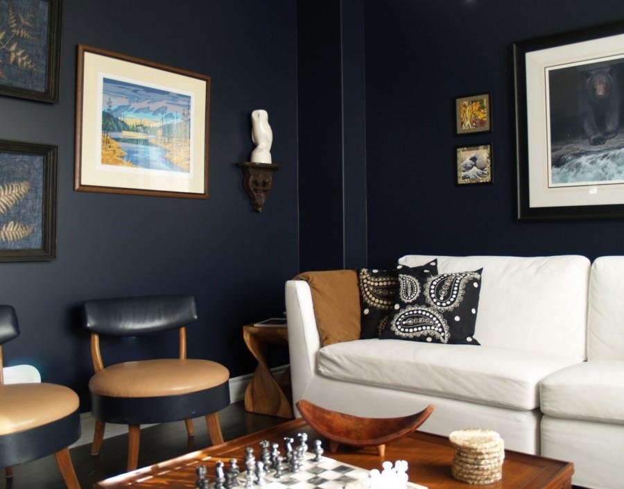 Cum sa inviorezi decorul unei sufragerii cu pereti albi