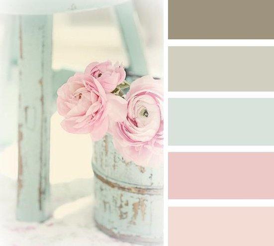 Gama de culori folosita in amenajarea interioarelor shabby chic