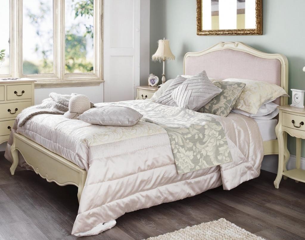pat-clasic-dormitor-shabby-chic