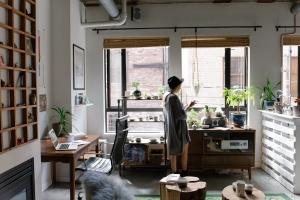 Amenajarea garsonierei: soluții practice și cochete pentru designul spațiilor mici