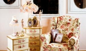 Mobilă și decorațiuni în stil romantic cu sugestii de amenajare pentru toate camerele!