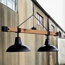 Amenajarea primului apartament în stil industrial - lampi metalice