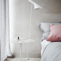 Piese de Mobilier Iconice pentru Stilul Scandinav - Tulip side table by Eero Saarinen 2