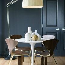 Piese de Mobilier Iconice pentru Stilul Scandinav - Tulip side table by Eero Saarinen