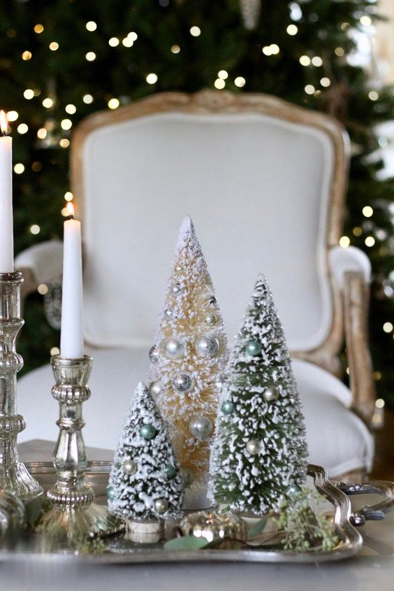 Decor de masa in spiritul mobilierului elegant din casa.
