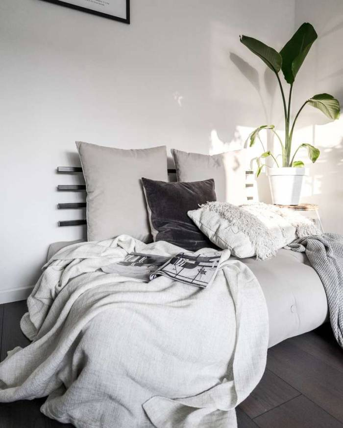 Sofa extensibilă textil galben Shin Sano Natur