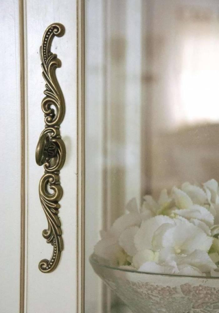 Vitrină înaltă cu ușă și sertar Albertine